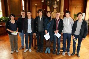 Les lauréats du lycée Clemenceau avec leur proviseur